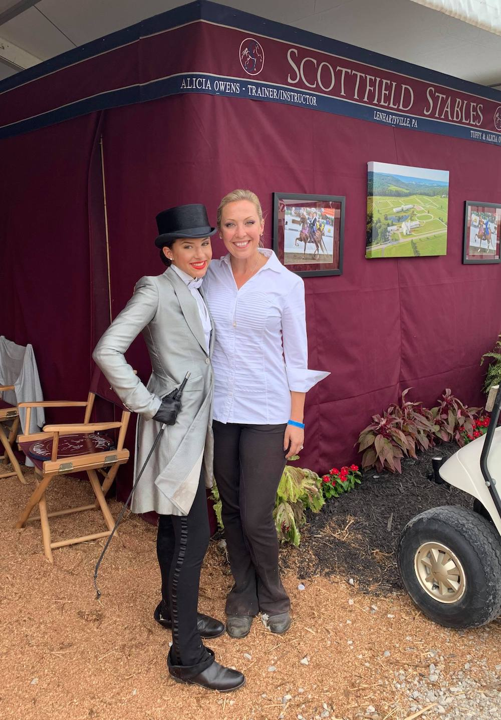 Alicia Owens and Renna Russo before Renna's qualifier class.